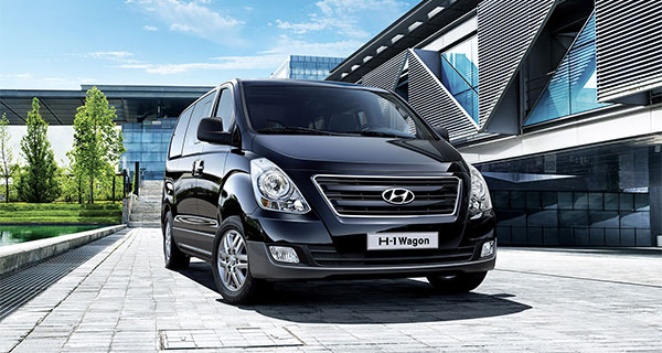 Hyundai H1 Bus Bring The Whole Extended Family