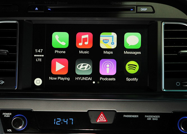 Hyundai Brings Apple Carplay to the Sonata