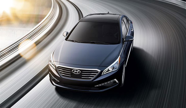 2015 Hyundai Sonata and Santa Fe Drives Away With More Awards